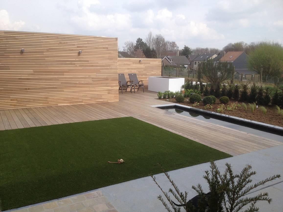 Eco tuinarchitectengroep tuinaanleg tuinhout - Houten terras en tegels ...