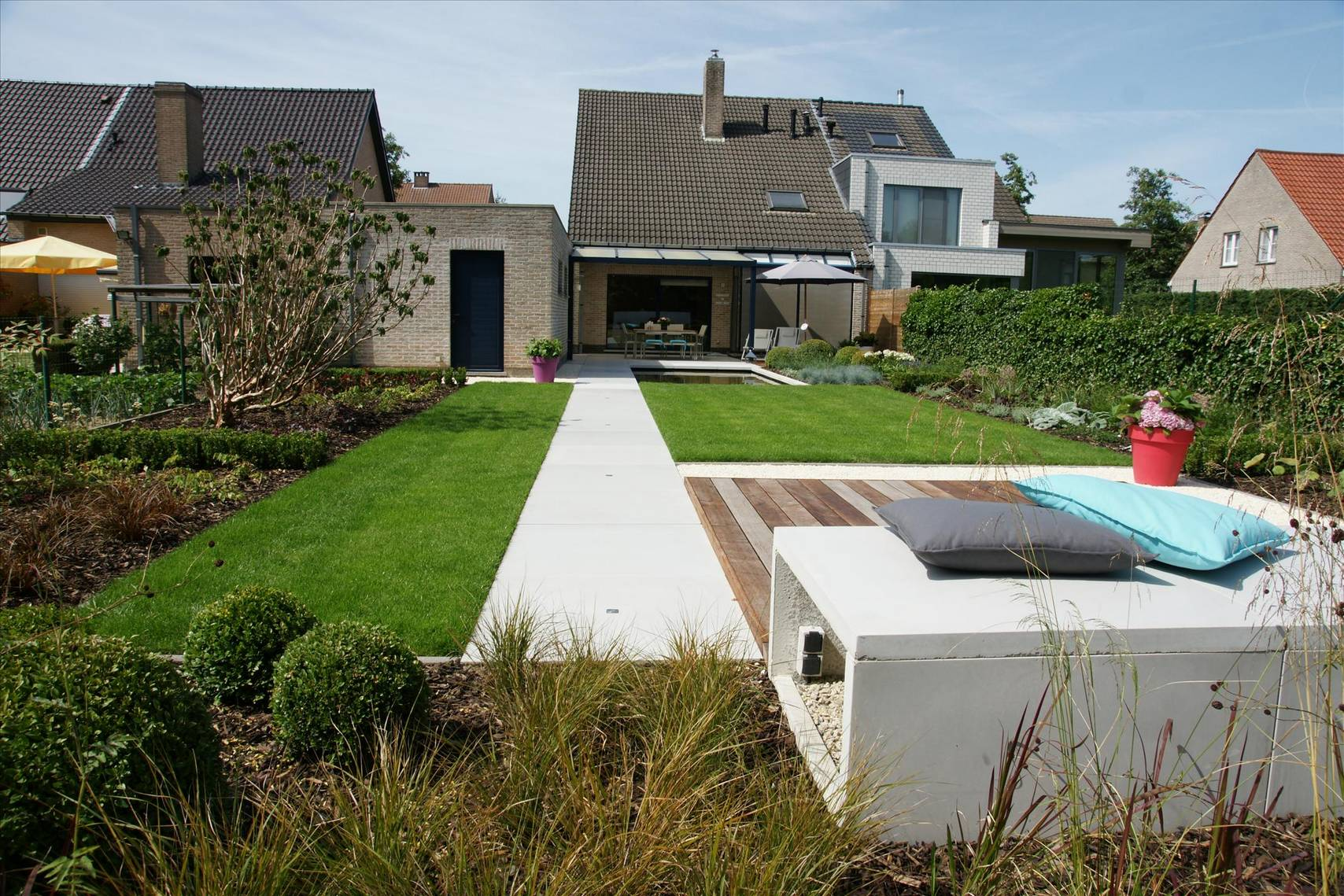 Eco tuinarchitectengroep projecten moderne lounge tuin for Tuin modern design