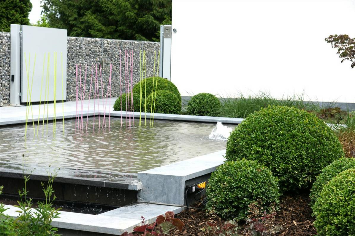 Eco tuinarchitectengroep projecten moderne voortuin ninove - Moderne landschapsarchitectuur ...